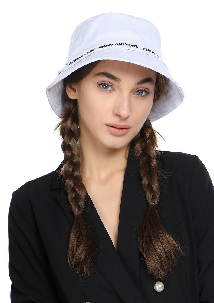 RIBBON DATES WHITE BUCKET HAT