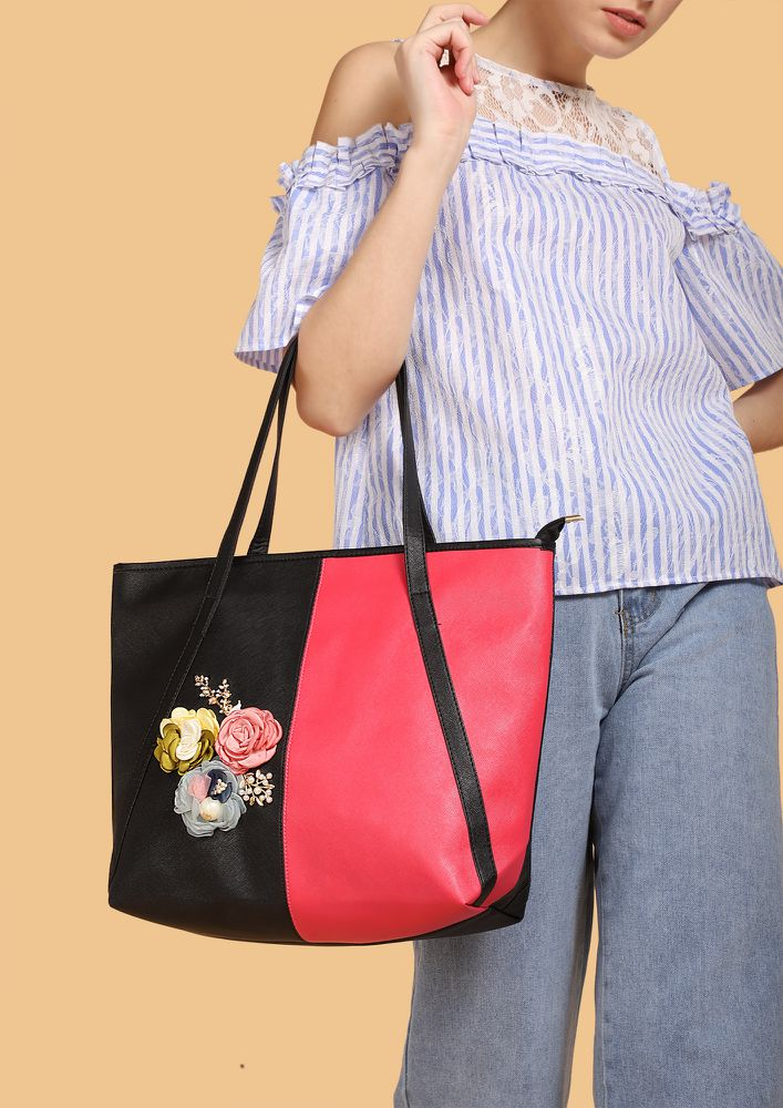 IT'S IN THE FLOWERS FUCHSIA TOTE