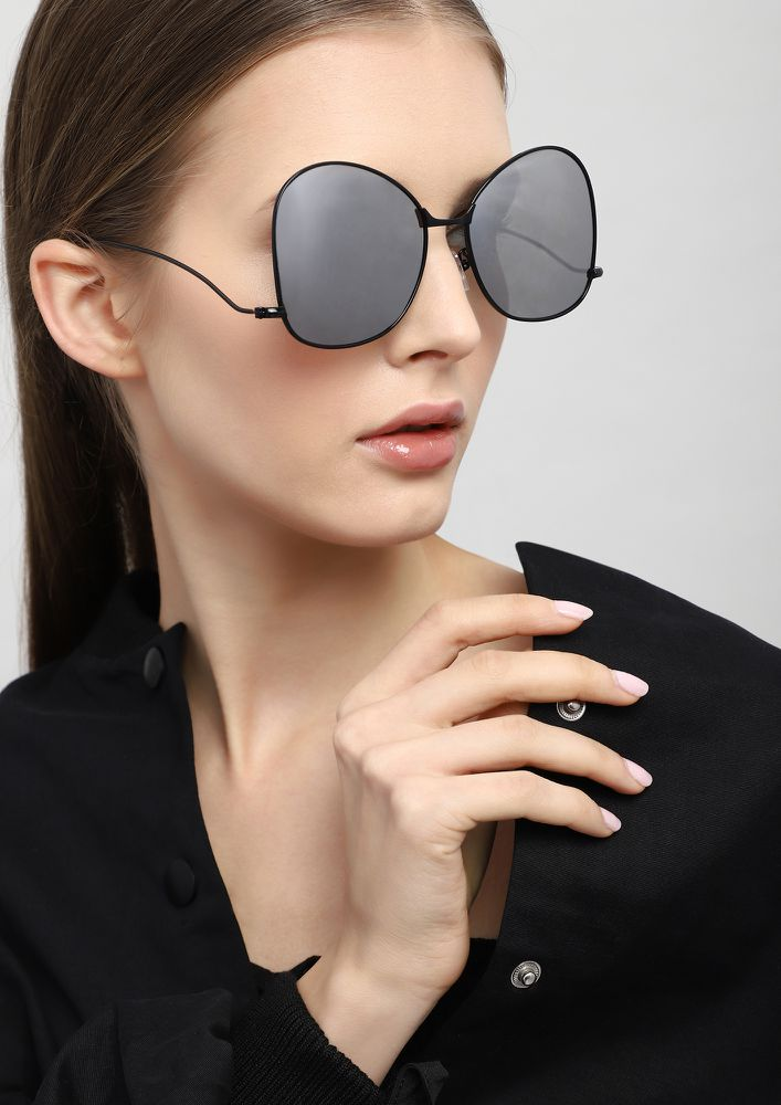 ALMOST THERE SILVER RETRO SUNGLASSES