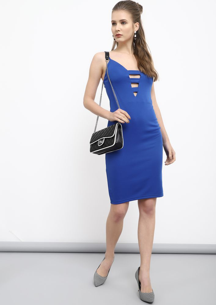GOING SPORTY YET CHIC BLUE PENCIL DRESS