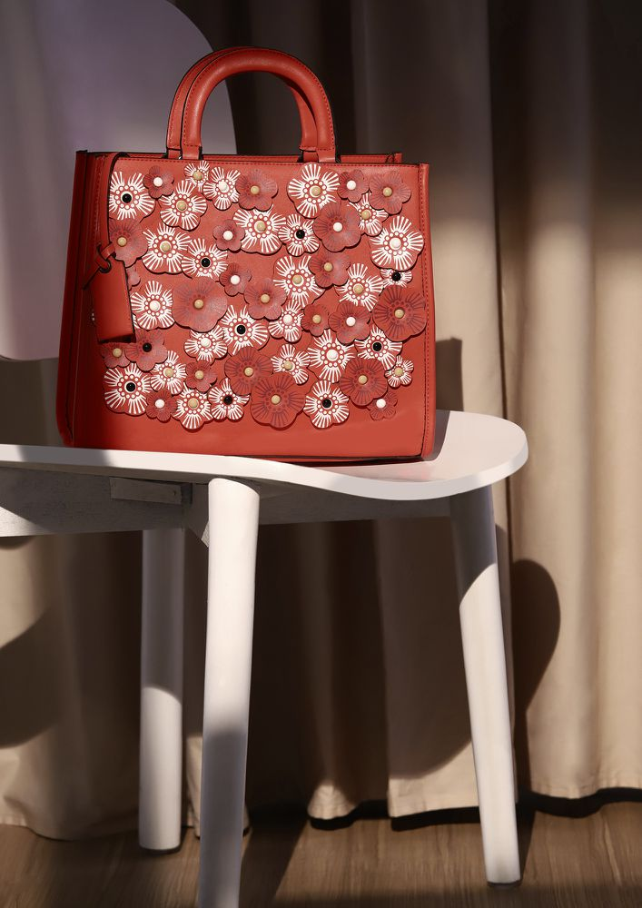 TOTALLY FLOWERED RED TOTE BAG