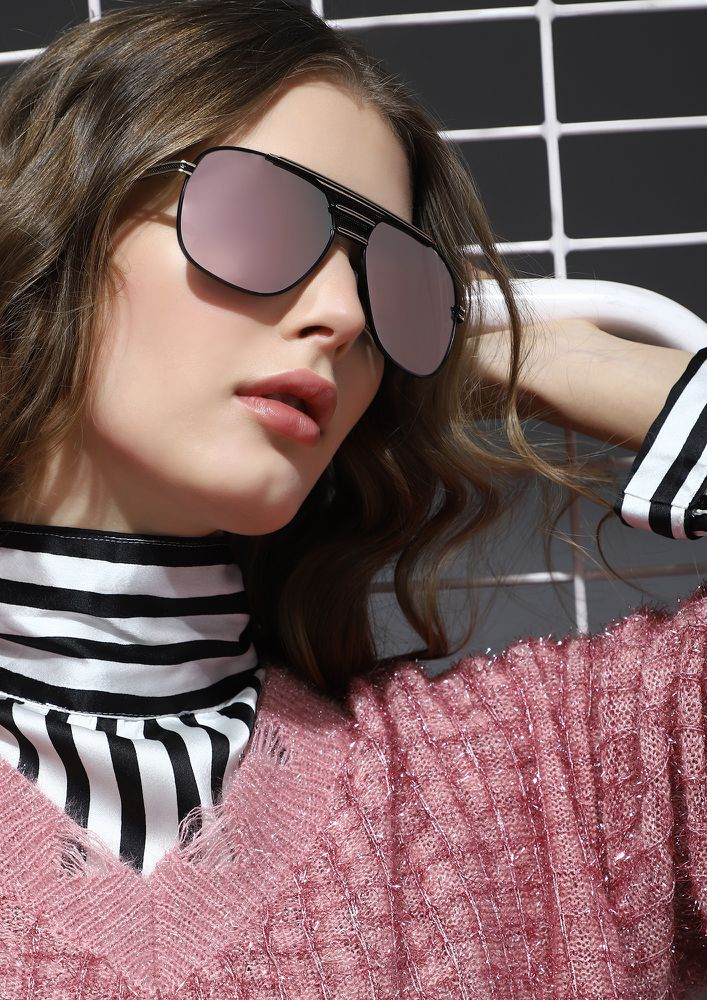 TIMELESSLY CHIC PINK RETRO SUNGLASSES