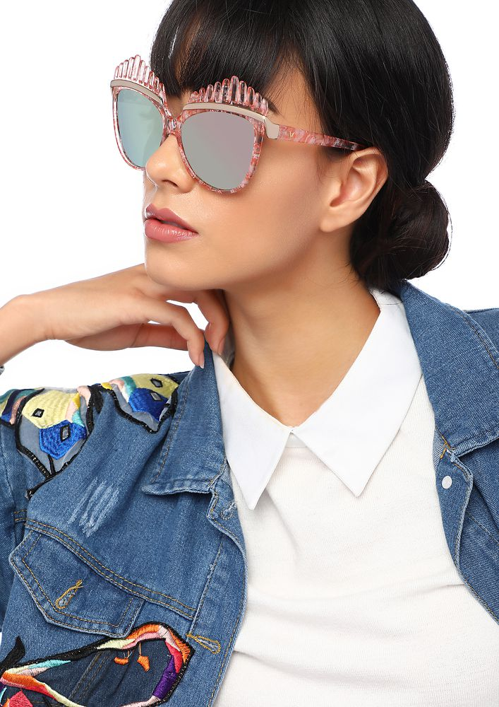 BIG EYES PINK CAT-EYE SUNGLASSES