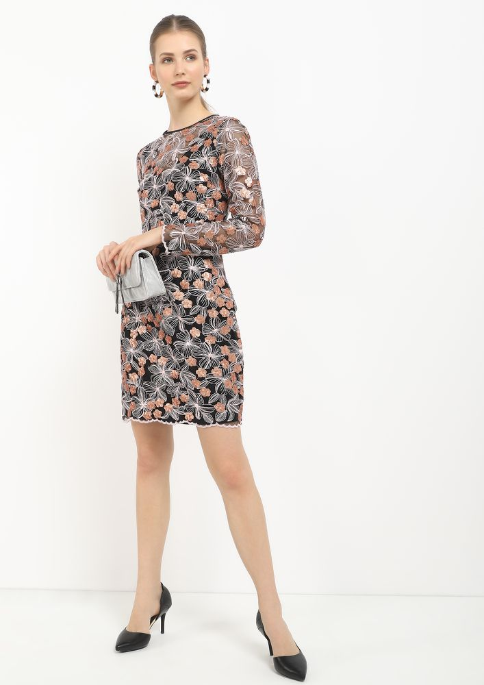 PERFECT FLORAL SCENES BLACK SHIFT DRESS