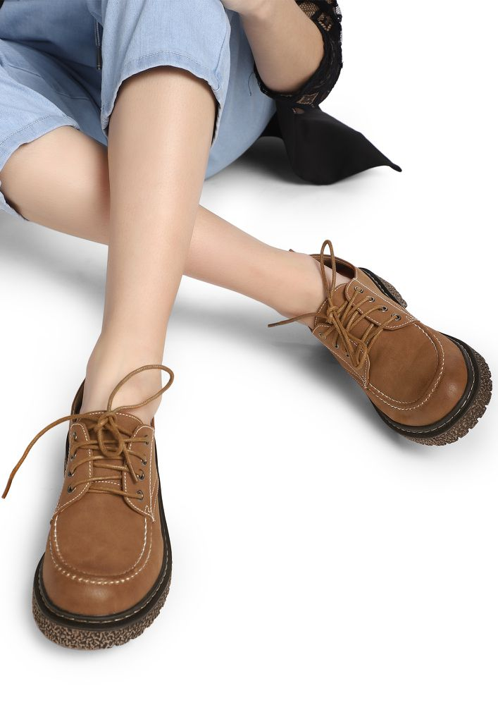 ROUGH AND RUGGED TAN SMART SHOES