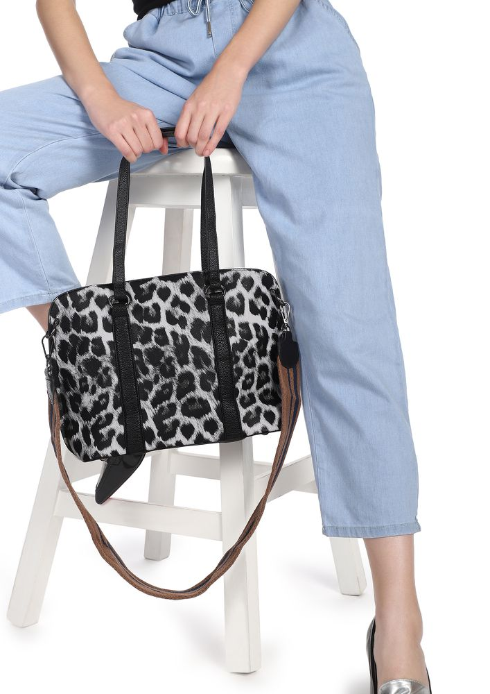 WILD CHILD BLACK AND WHITE LEOPARD PRINT HANDBAG