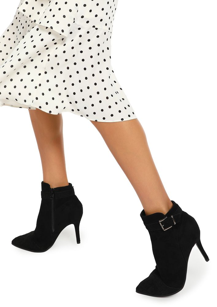KEY TO YOUR HEART BLACK ANKLE BOOTS