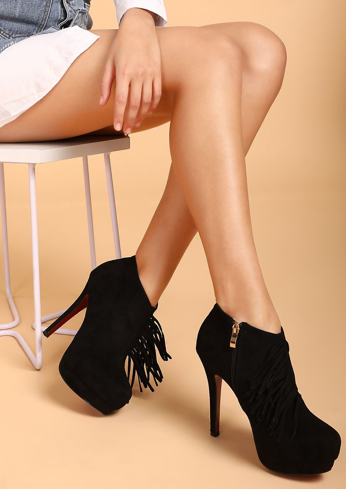 AGAINST THE WIND BLACK ANKLE BOOTS