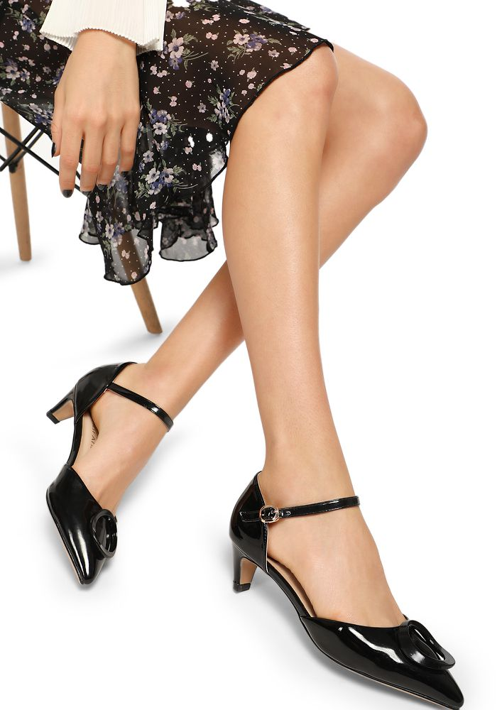 8 'O' CLOCK  BLACK HEELED SHOES