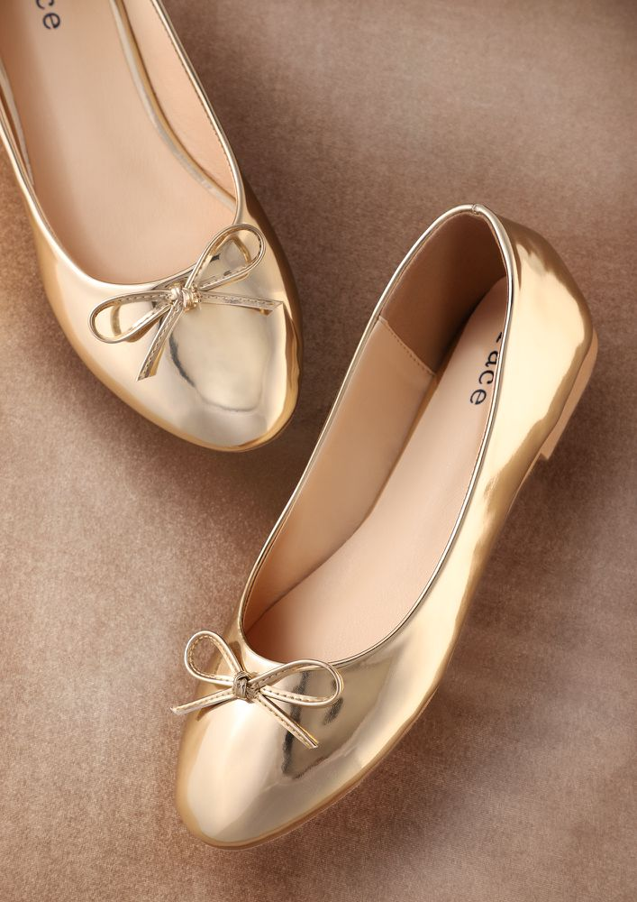 BORN WITH STYLE GOLDEN BALLET FLATS