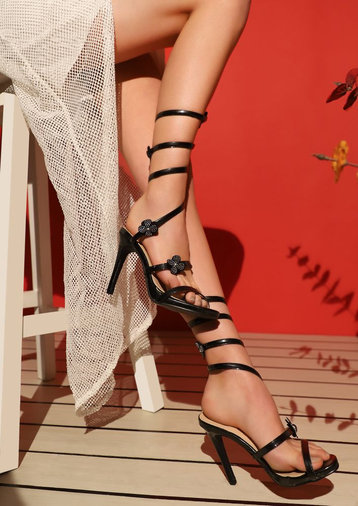COLORS OF LOVE BLACK HEELED SANDALS