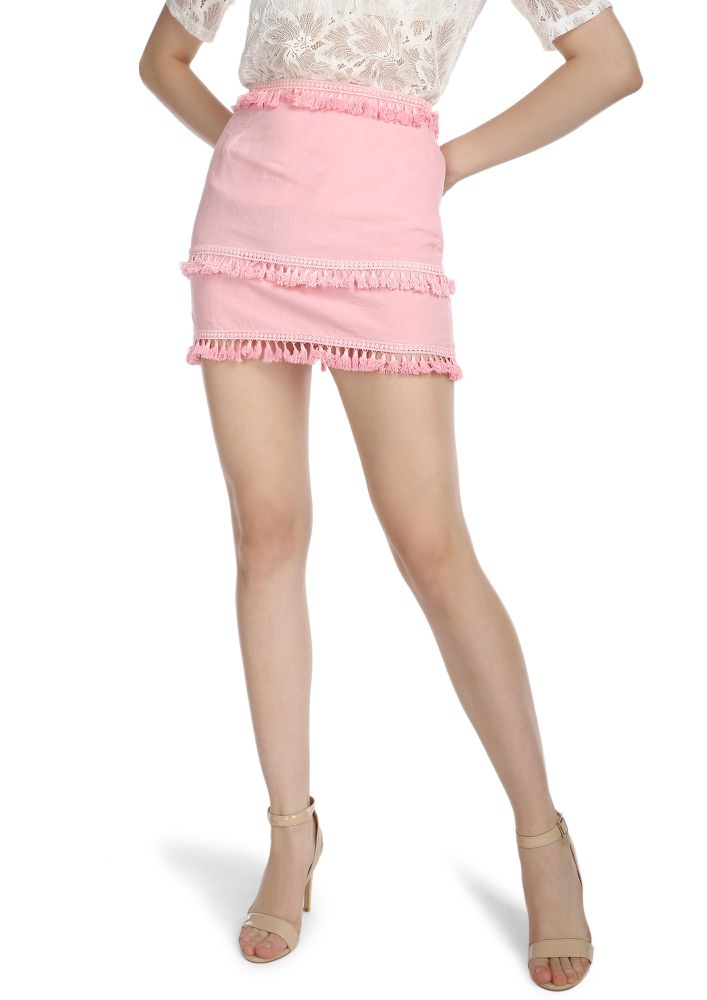 NO HASSLE FOR TASSELS PINK MINI SKIRT