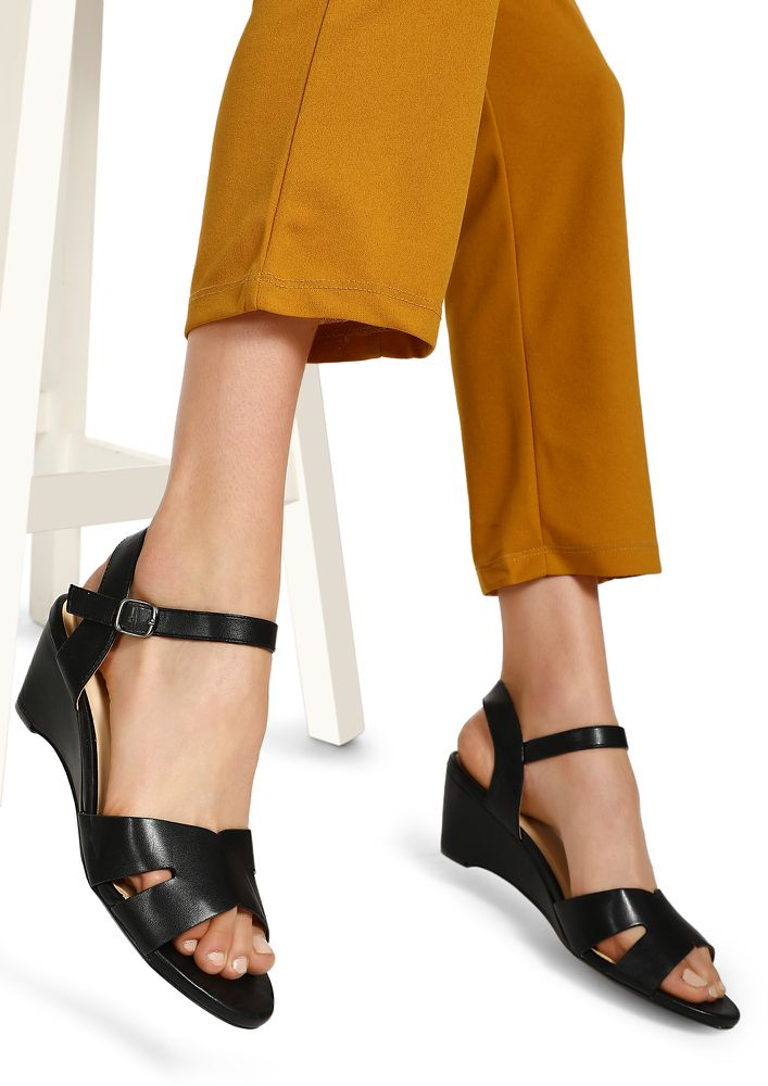 WHAT'S YOUR POINT OPEN TO SUGGESTIONS BLACK HEELED SANDALS