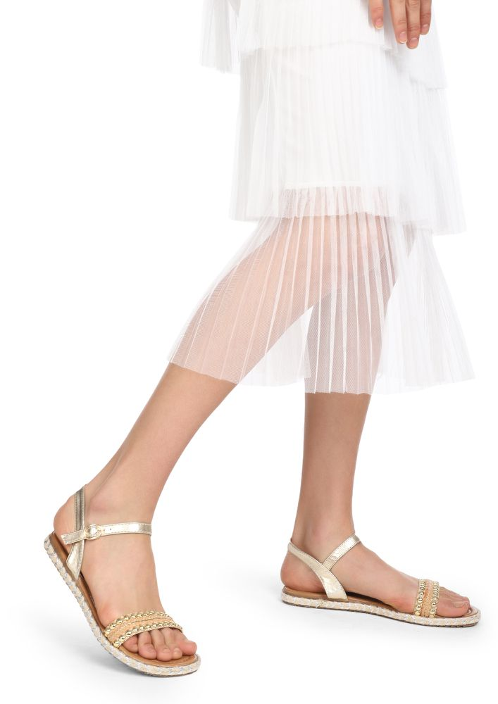 TRULY SUMMER WORTHY GOLDEN FLAT SANDALS