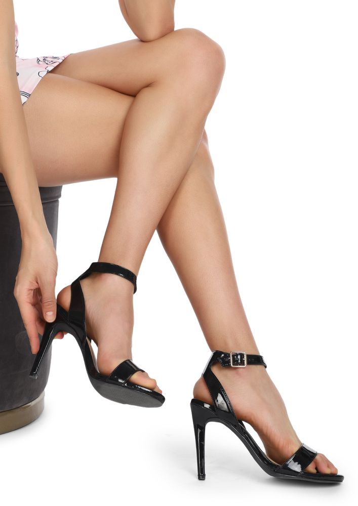 NEVER SAY SORRY AGAIN BLACK HEELED SANDALS