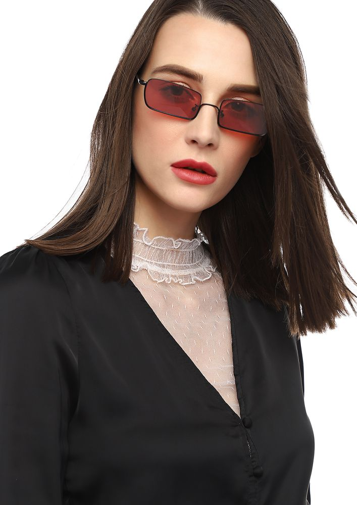 DOESN'T MATTER BABY RED RETRO SUNGLASSES