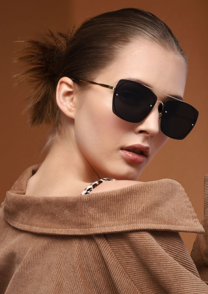 MATTERS OF OLD TIMES GREY RETRO SUNGLASSES
