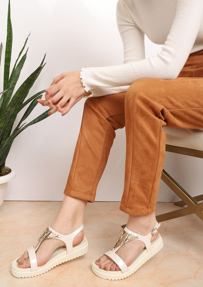 OOZING OUT COMFORT WHITE FLATFORM SANDALS