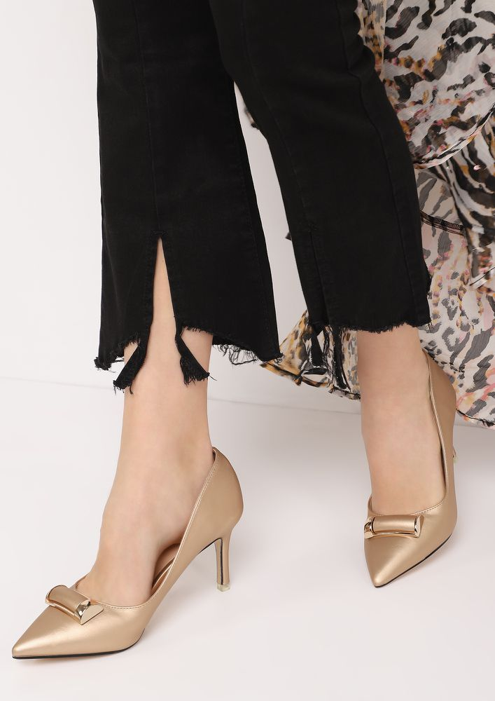 LATE NIGHT AFFAIR BEIGE PUMPS