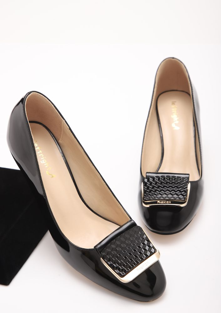 A- OKAY BLACK PUMPS