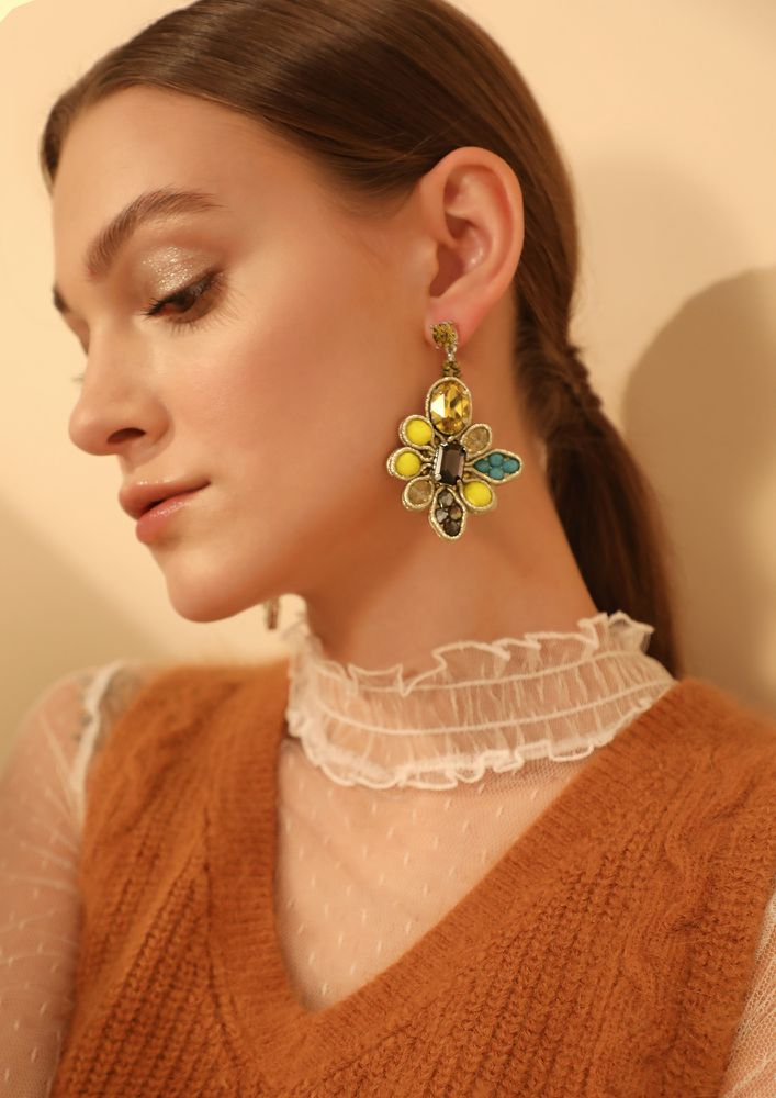 GOSS BABE STONE HEARTED LOVER YELLOW EARRINGS