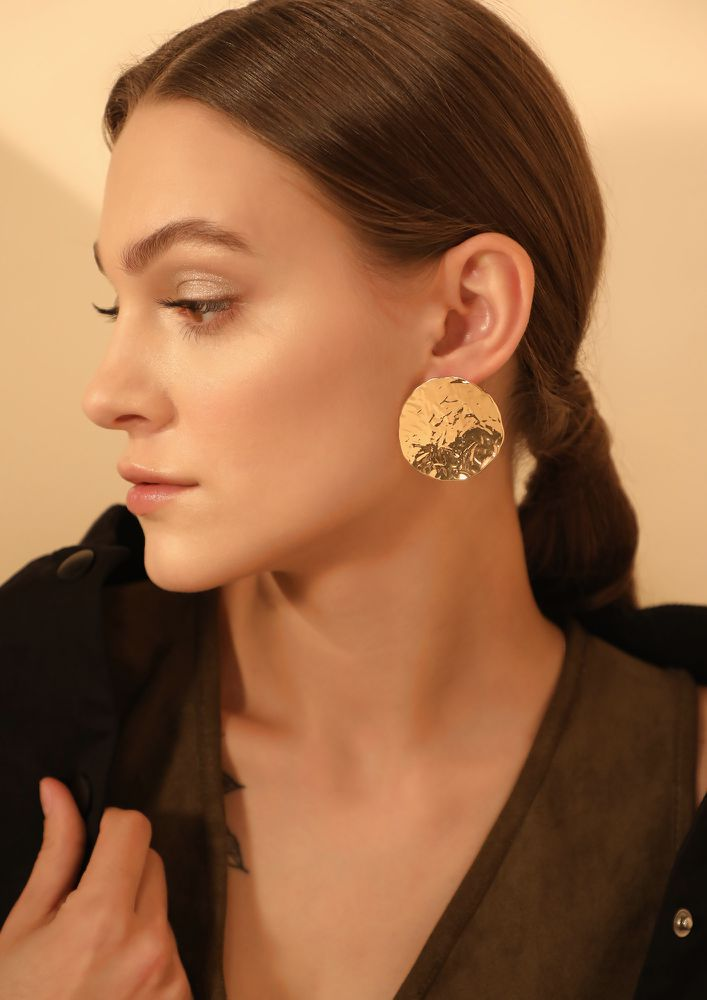 GOSS BABE EYES ON GOLDEN DISC EARRINGS