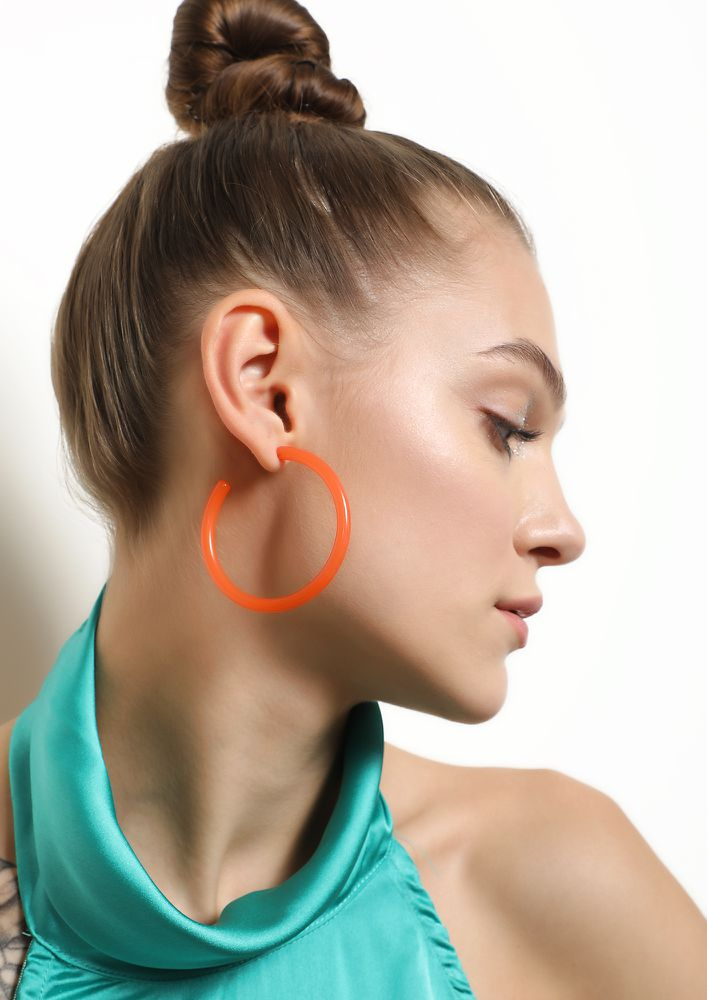 GOSS BABE MY COLORFUL PLACE ORANGE EARRINGS