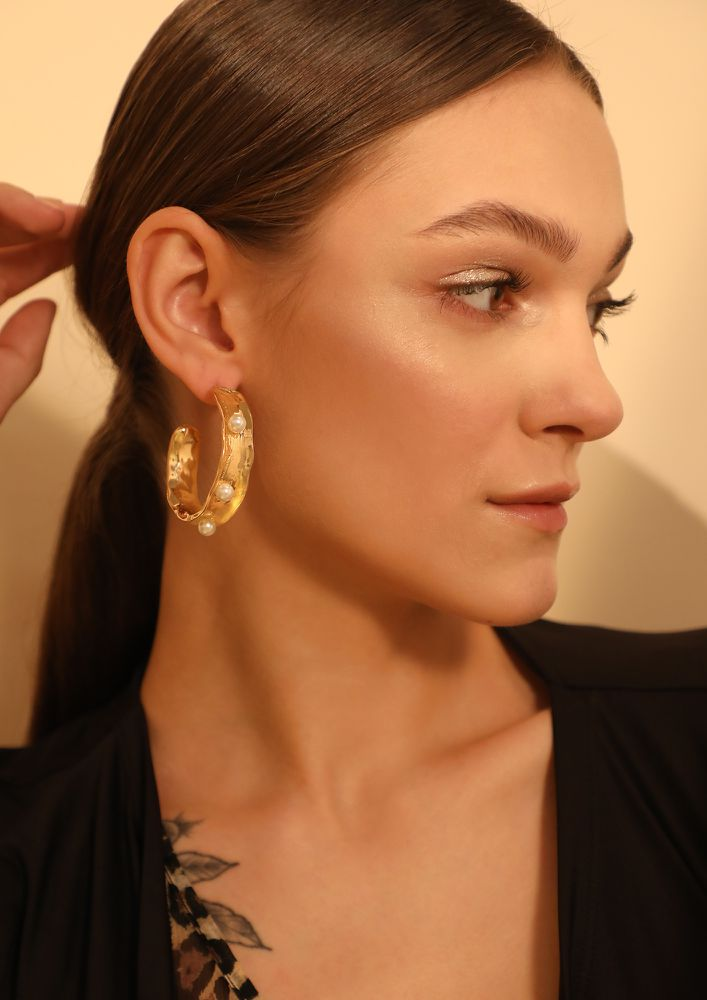GOSS BABE PEARLS AFFAIR GOLDEN EARRINGS
