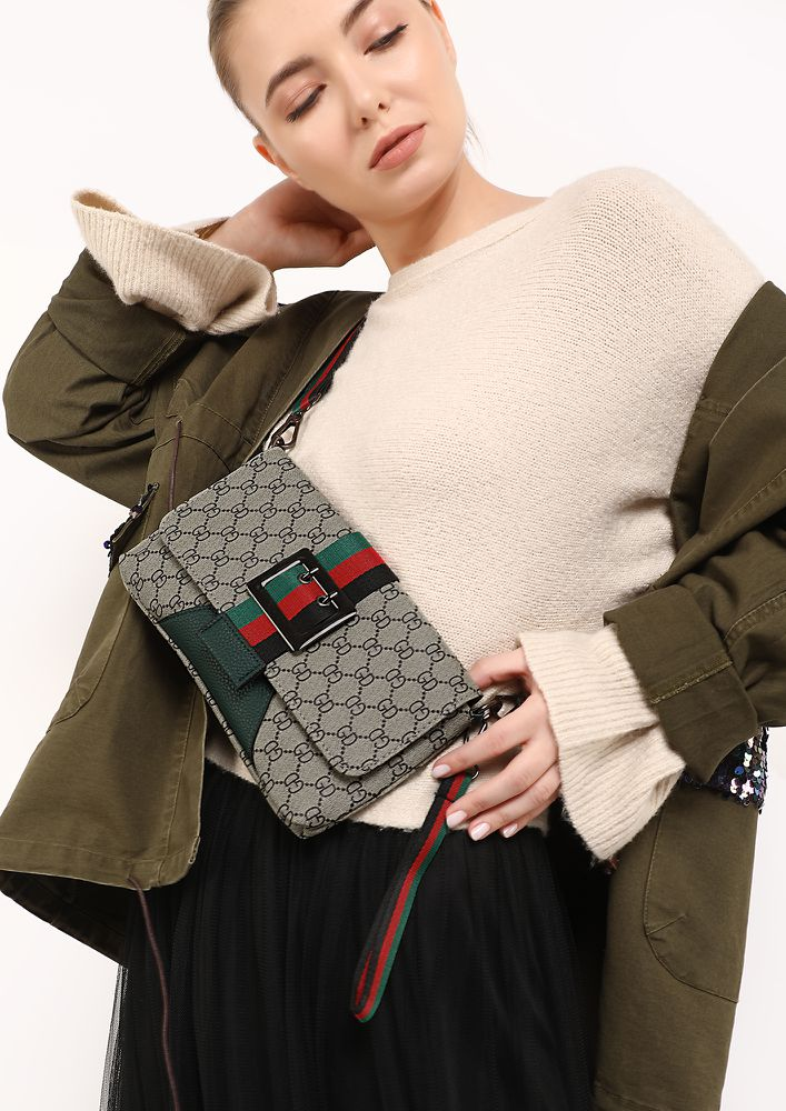 OUT FOR FUN GREEN SLING PURSE