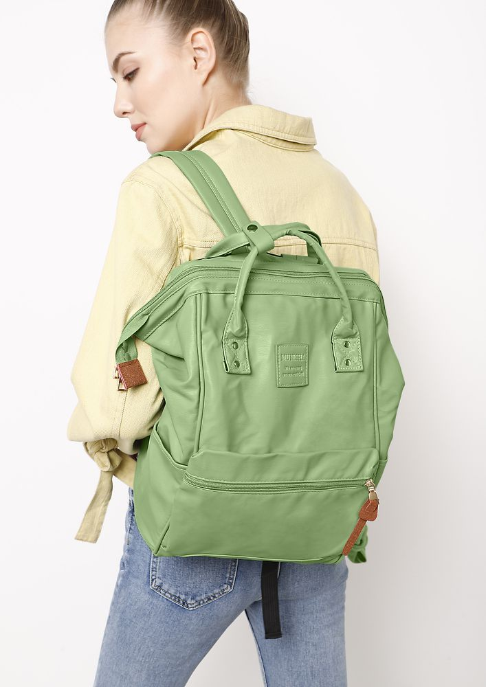 NATURE LOVER GREEN SLING BAG