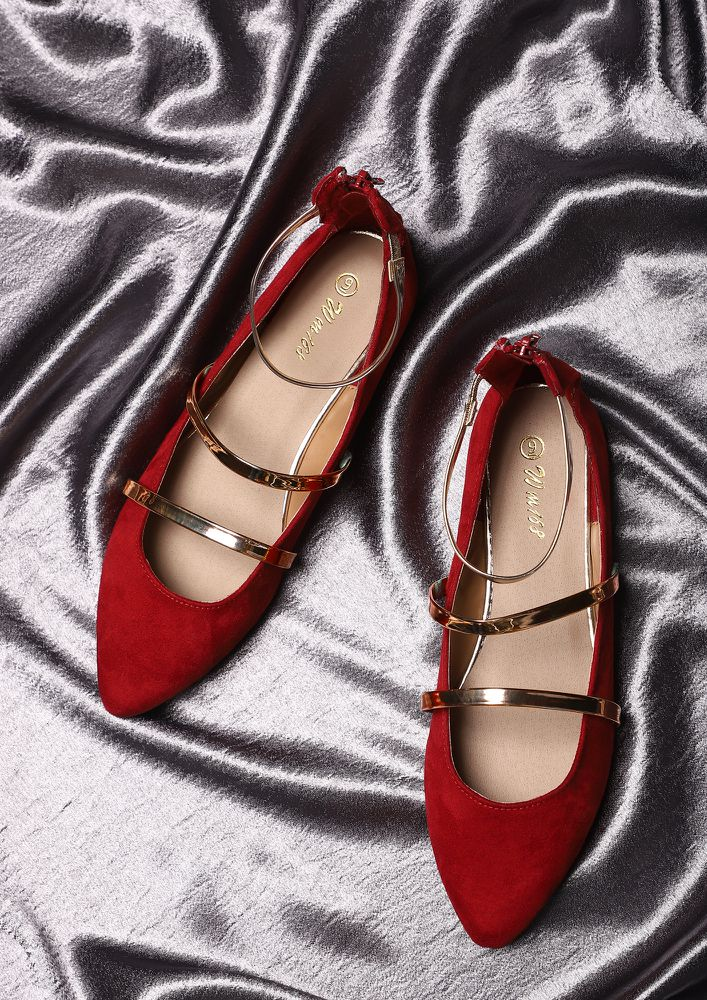 THREE GOOD STRINGS RED FLAT SHOES