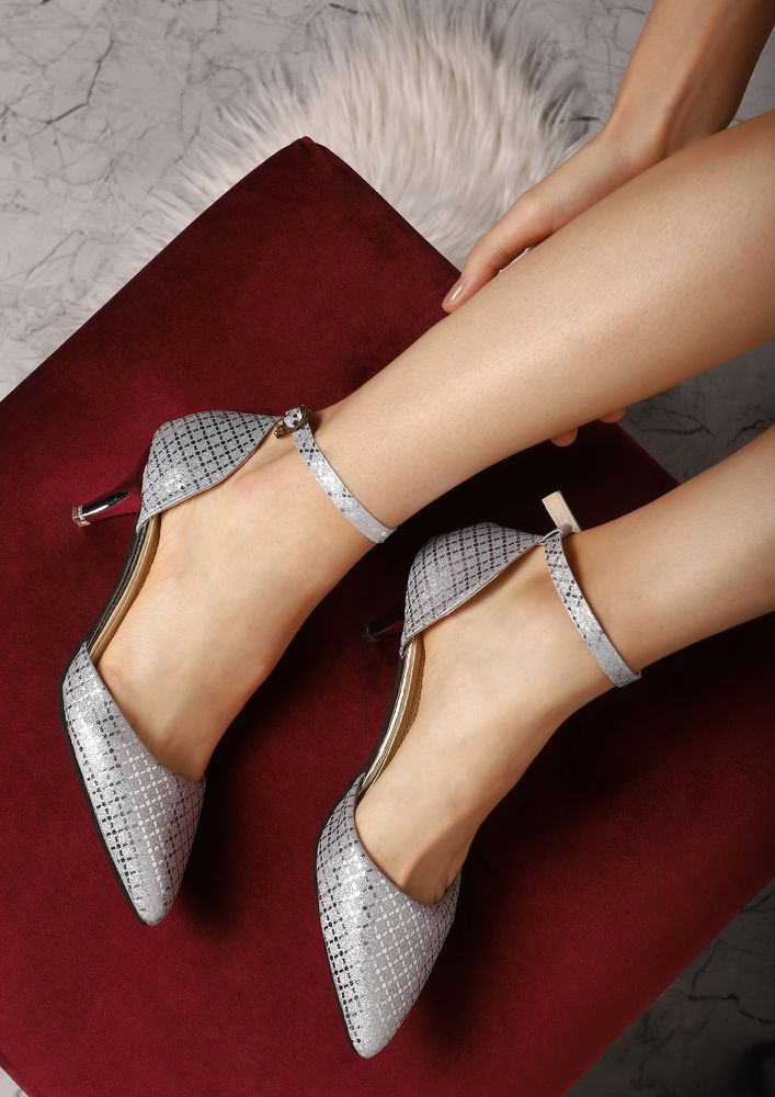 HAPPY HOUR EDIT SILVER HEELED SHOES