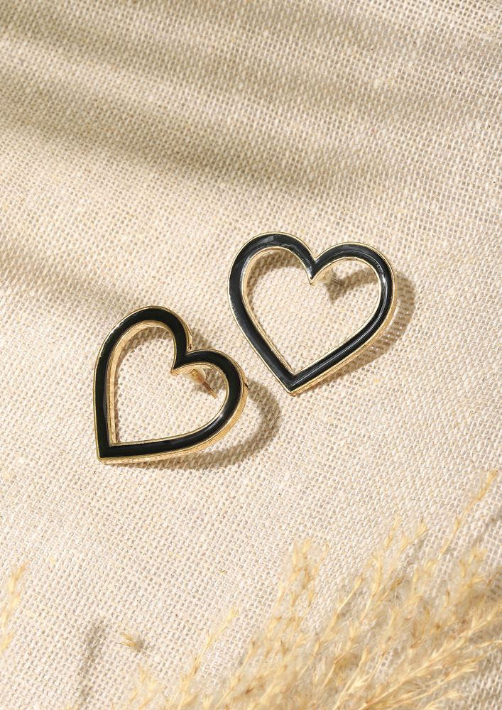 GOSS BABE HEARTS TO WIN BLACK EARRINGS