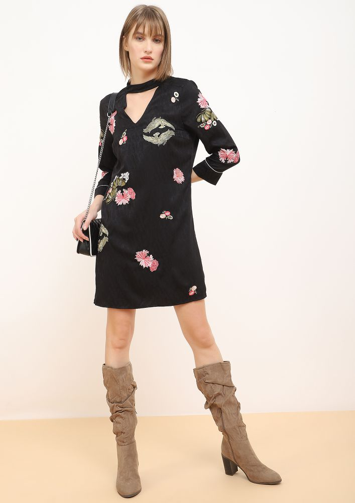 EMOTIFS BLACK SHIFT DRESS