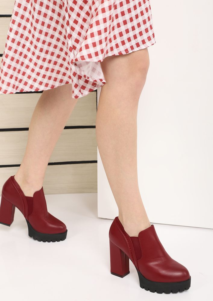 LET IT SLIP RED ANKLE BOOTS