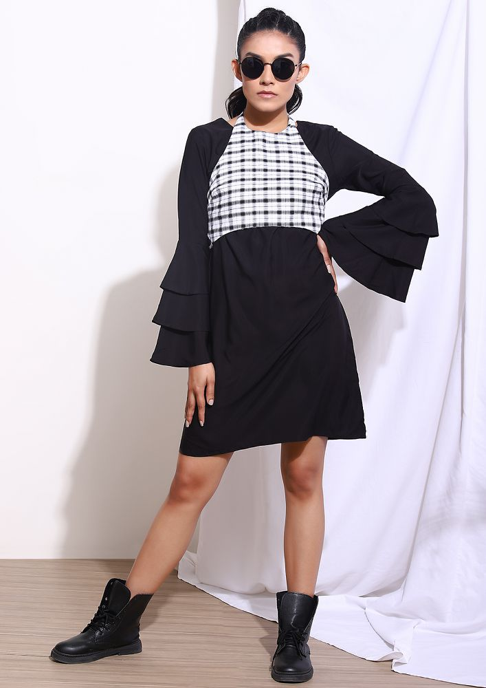 LITTLE MISS BOLD BLACK SHIFT DRESS