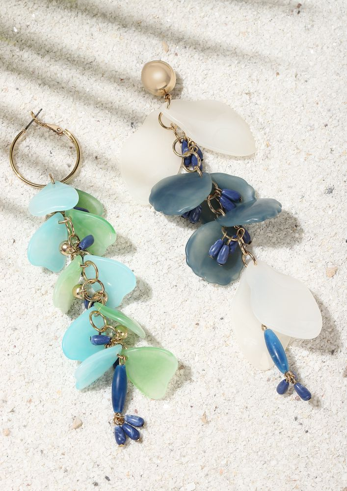 GOSS BABE HANGING COLORS BLUE EARRINGS