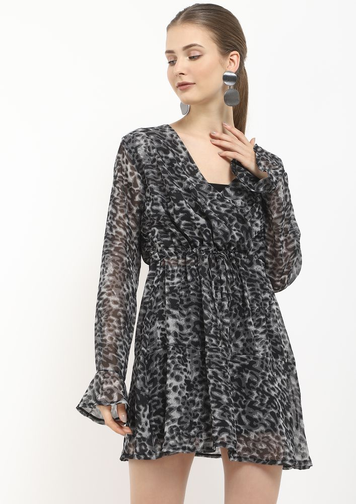 SLOW DOWN SWEETHEART GREY WRAP DRESS
