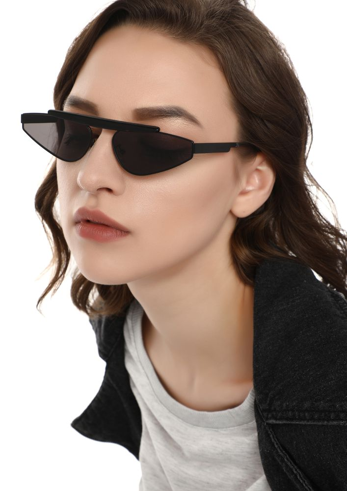 FINDING MY WAY BACK BLACK RETRO SUNGLASSES