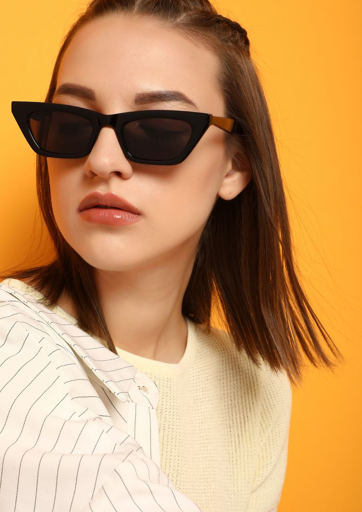 ALWAYS TO THE POINT BLACK CATEYE SUNGLASSES