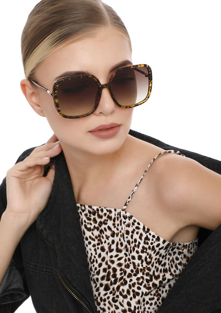 LIE TO THE HATERS AMBER SQUARE SUNGLASSES