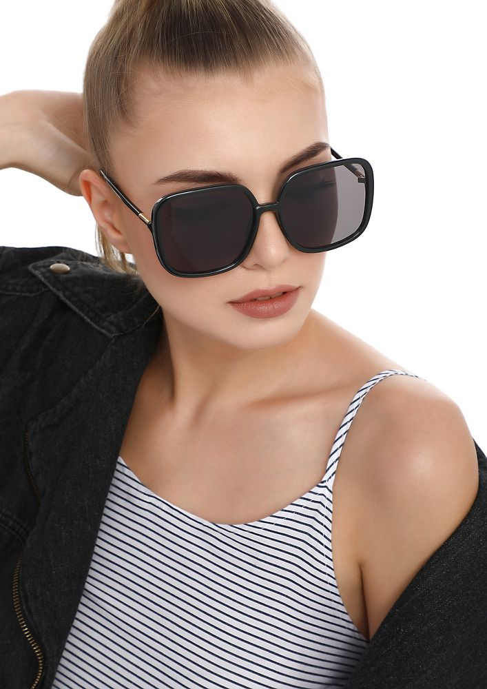 LIE TO THE HATERS BLACK SQUARE SUNGLASSES