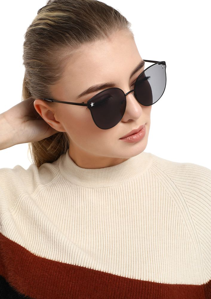 LITTLE ON THE EDGE BLACK ROUND SUNGLASSES