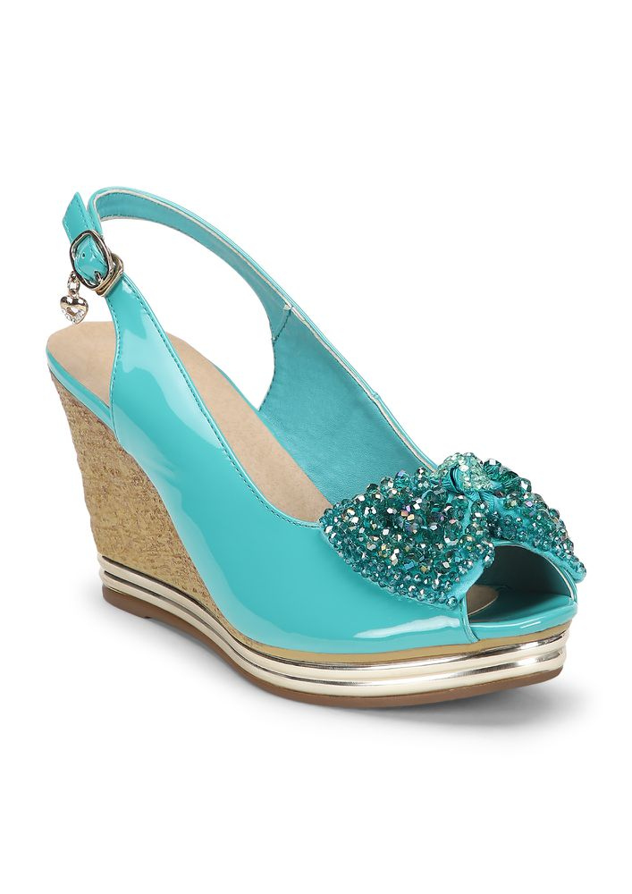 POPPING IN WITH A BOW TEAL WEDGES