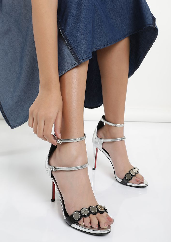 REFLECTING ELEGANCE SILVER HEELED SANDALS