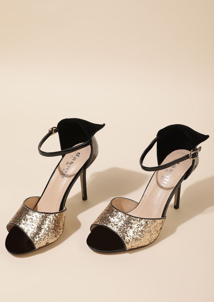 ALL SET TO PARTY GOLDEN PEEP-TOE SANDALS