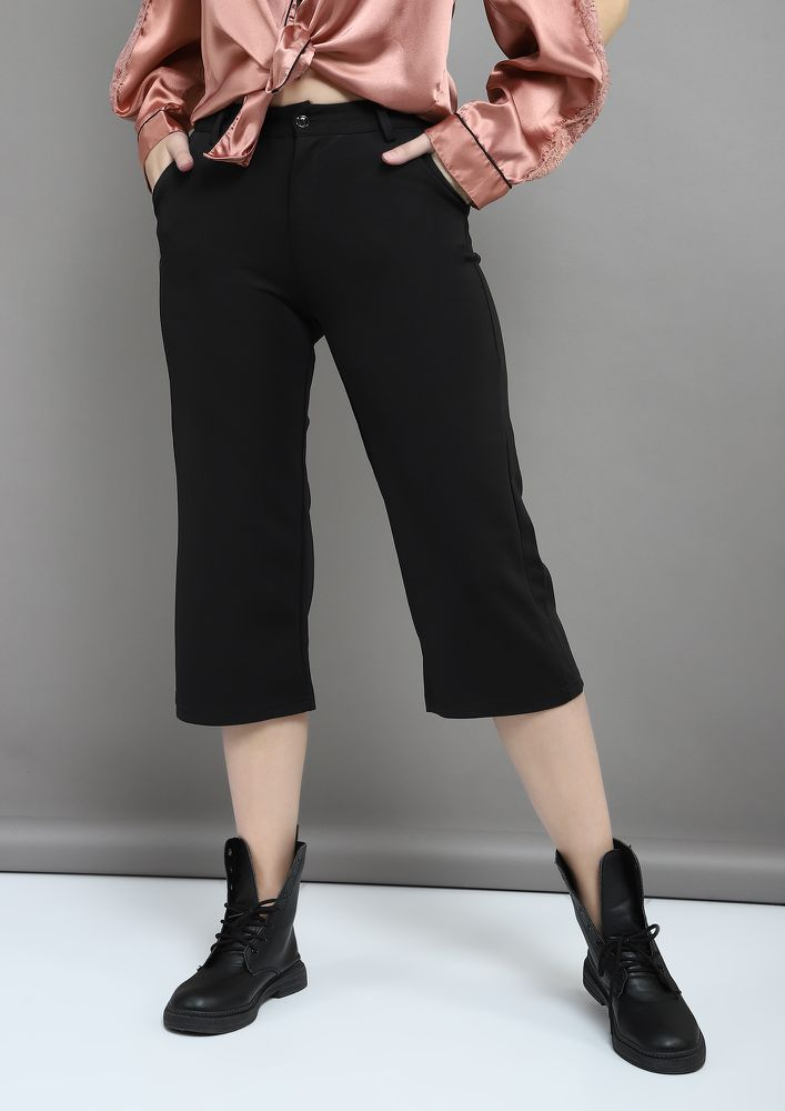 FLARING ON THE WAY BLACK CULOTTES