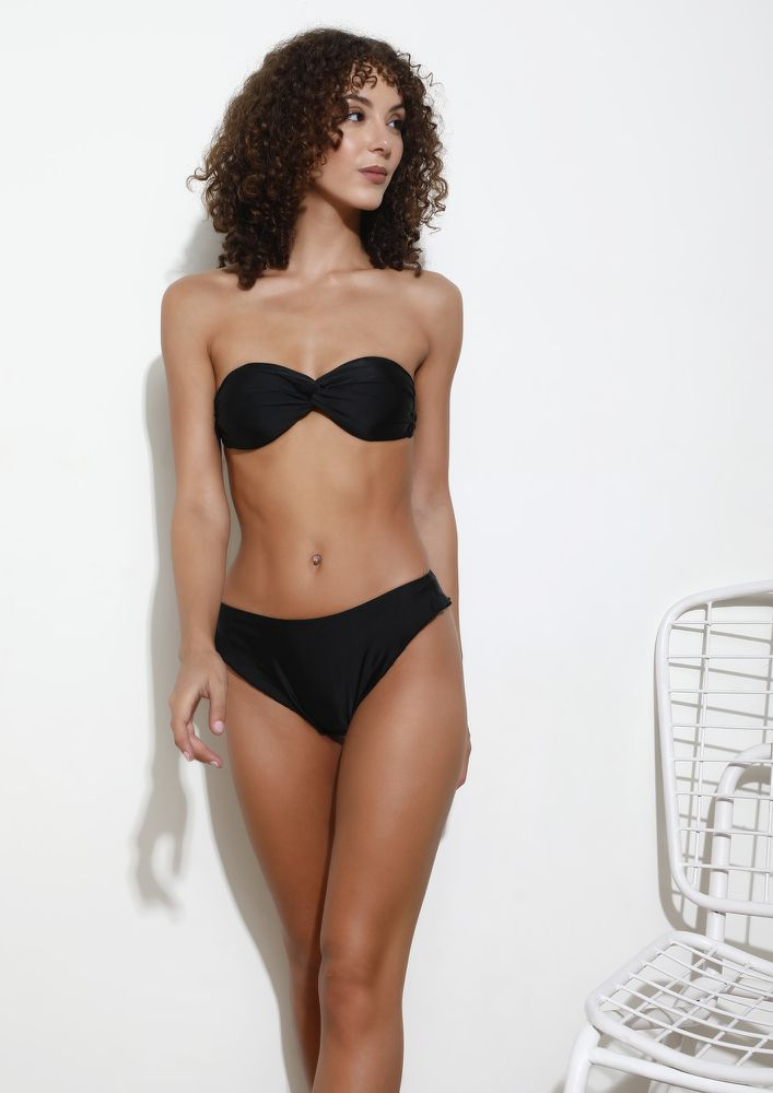 WIND CAUGHT MY DREAMS BLACK TWO PIECE SET