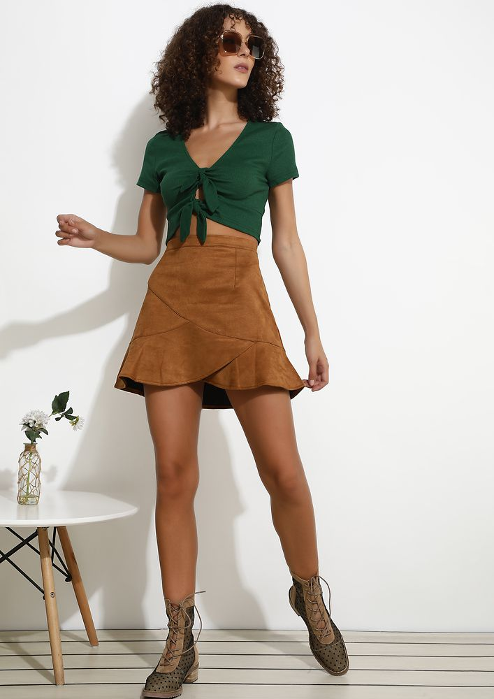 WHEN THE HEAT GOES UP ARMY GREEN CROP TOP