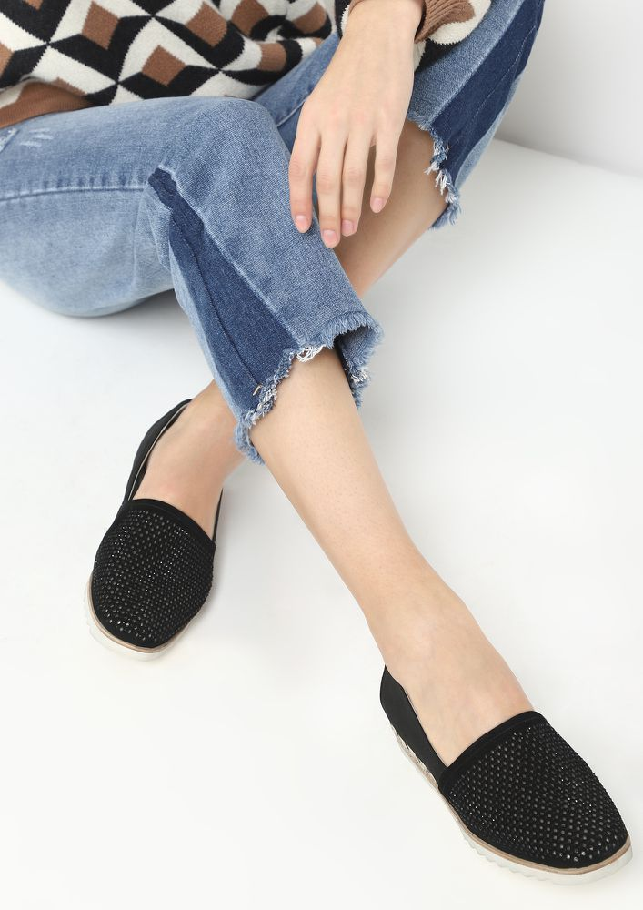 GONE WITH THE STUDS BLACK ESPADRILLES